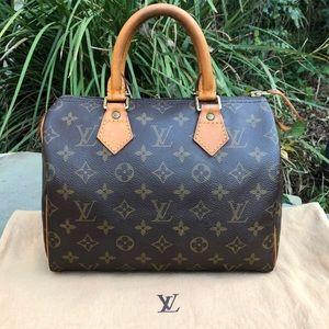 💯 Authentic LV Monogram Speedy 25 *W/DUST BAG* ❤️